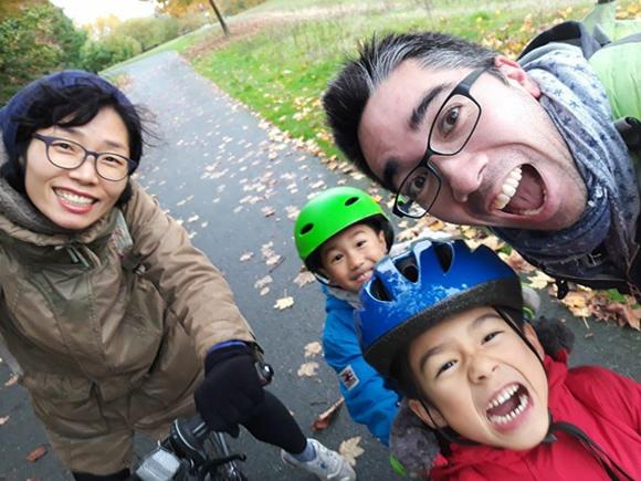 Yoshito Darmon-Shimamori and his family